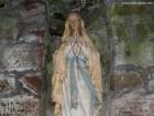 Altarul Statuia Sfanta Maria